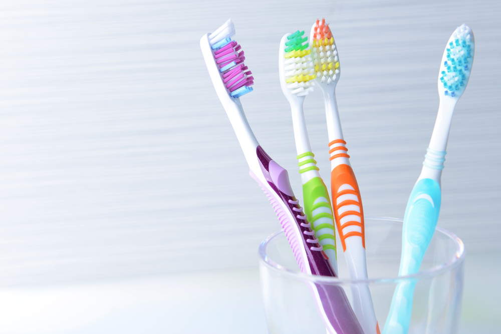 What's the Best Way to Store Your Toothbrush?